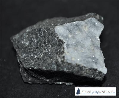 Phillipsite - Mineral und Kristalle