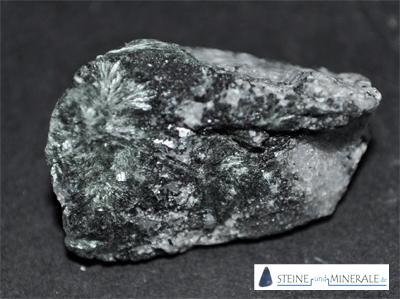actinolite - Mineral und Kristalle