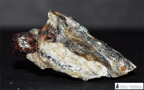 almandin_granat - Aufnahme des Minerals