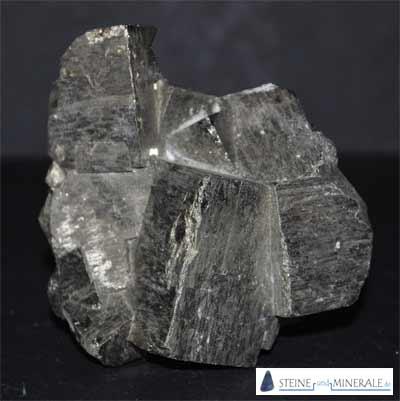 Große Pyritkristalle