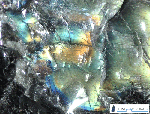 spektrolith - Aufnahme des Minerals