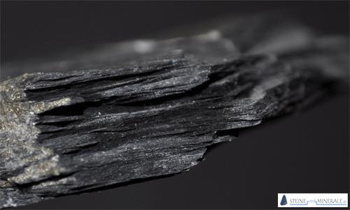 tonschiefer_gefuege - Mineral und Kristalle